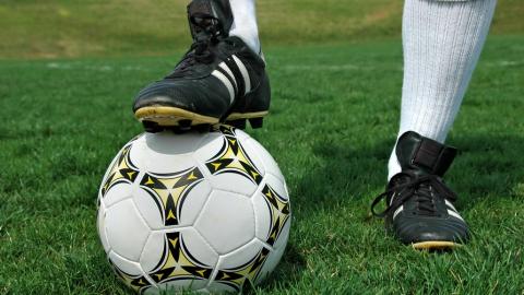 Почему стоит купить билеты на футбол на TriTickets.ru? Лучшие подарки для фанатов