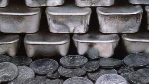 Продажа серебра в ломбард как легкий способ делать деньги