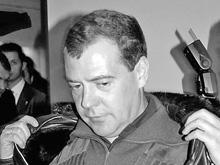 Перед Медведевым размыло дороги