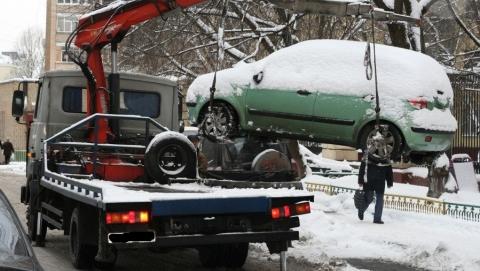 Власти Саратова должны ввести сезонный мораторий на платную эвакуацию авто