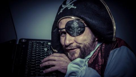 Победить цифровое пиратство сможет лишь суверенный интернет