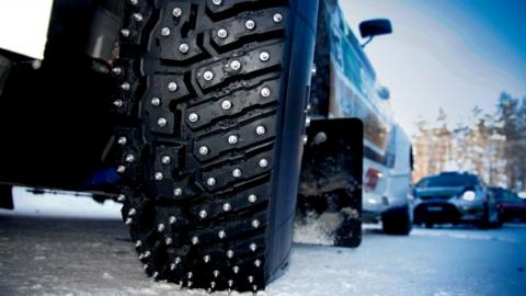 Шипы задумали сделать «крайними» в проблеме разрушения российских дорог