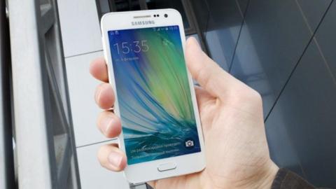 У кого стоит заказывать Samsung Galaxy A3?