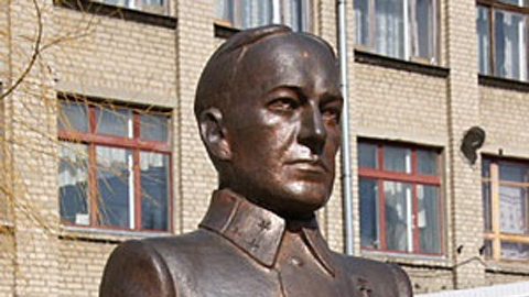 Генерал Карбышев: герой ледяного ада