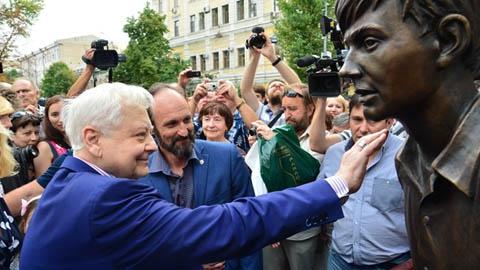 Предлагается увековечить память  Олега Табакова