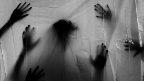 Три девицы под окном…  играли в гестапо