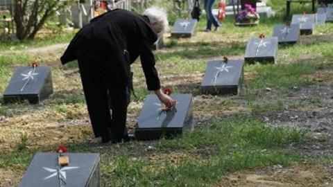 Похороненные в строю