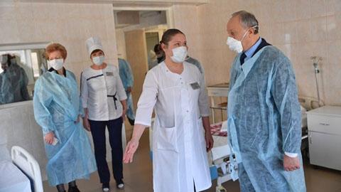 Саратовские чиновники опровергли слухи  о массовом заболевании врачей