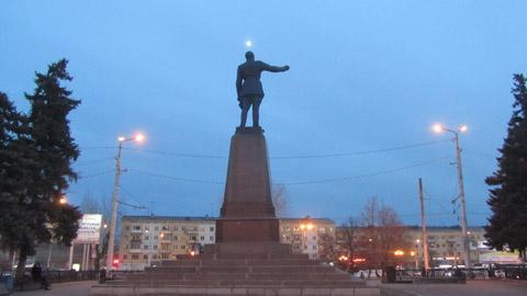 Саратовский Феликс железнее московского