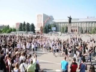 Танцевальный флешмоб 12 июня