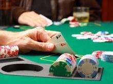 Прокурор отвечает на вопросы об ответственности для наркоманов и держателей подпольных казино