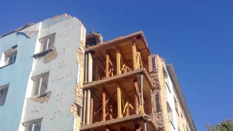 Негде жить: вслед за Елшанкой рушится проспект Строителей