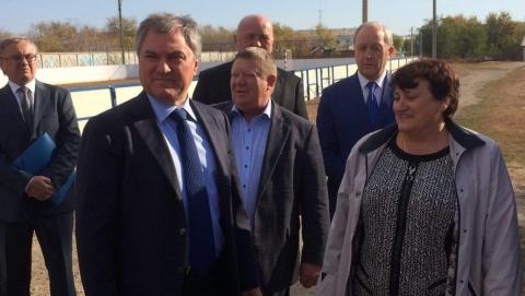 Володин предложил системно решать проблему нехватки специалистов на селе