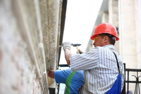 Почему падают стены из-под новых крыш