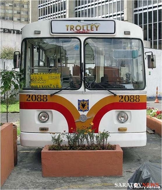 Как сделать из автобуса троллейбус