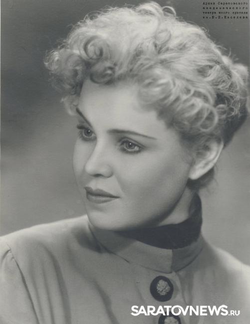 ВСаратове на88 году жизни скончалась заслуженная исполнительница Валентина Строганова