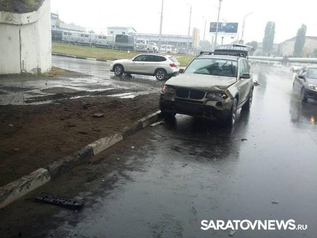 НаКумысной поляне столкнулись две иномарки: госпитализирован шофёр