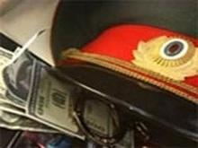 Автоинспектор съел 15 тысяч после получения взятки