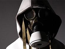 Несовершеннолетний грабитель использовал противогаз в качестве маски