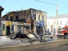 От обогревателя сгорели оконная фирма и два магазина