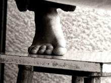 Мужчина повесился на стройплощадке в Солнечном