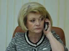 Министр Марина Епифанова вместе с журналистами сдала ЕГЭ по русскому языку