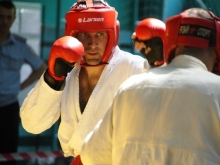 В Саратове прошел чемпионат по рукопашному бою среди сотрудников ОВД