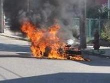 Под байкером загорелся мотоцикл