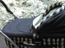 Годовалая малышка в коляске попала в ДТП