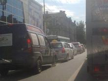 Авария на Московской парализовала движение в центре Саратова