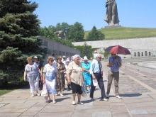Шестьдесят саратовских ветеранов совершили поездку в Волгоград на теплоходе
