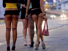 Задержаны три немолодые проститутки