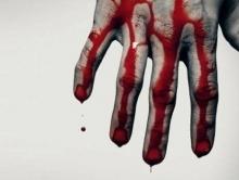 Преступники изнасиловали мать с дочерью и подожгли дом
