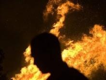 Постоялец разлил солярку по номеру гостиницы в Сабуровке и сжег комплекс дотла