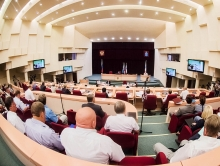 Предотпускное заседание Саратовской городской думы. Фоторепортаж