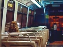 Проезд в трамваях и троллейбусах в Саратове подорожает с опозданием