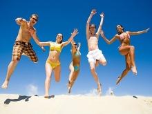 Отдыхавшие на пляже тинайджеры отравились неизвестным веществом