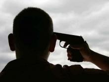 Саратовец выстрелил себе в висок из самодельного оружия