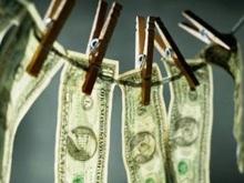 """Банк """"Экспресс-Волга""""  нарушил закон об отмывании денег"""