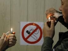 17 процентов россиян предпочитают платить штрафы и курить где хотят