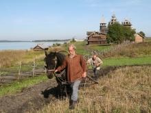 Ответные санкции РФ могут вынудить 40 процентов саратовских семей заняться земледелием