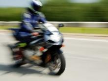 Несовершеннолетний мотоциклист разбился в аварии с иномаркой