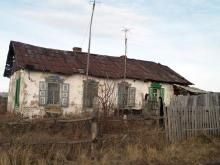 Мошенница купила на материнский капитал дом без стены