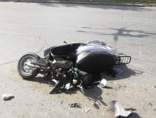 Несовершеннолетний мопедист протаранил полицейский автомобиль