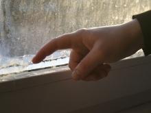 Губернатор грозит неплательщикам понижением температуры воздуха в квартире