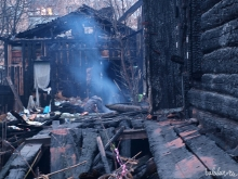 На пожарах в Саратовской области погибли три женщины