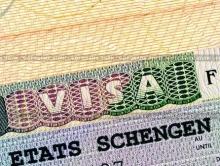 """Отпечатки пальцев для """"шенгена"""" хотят снимать уже в 2015 году"""