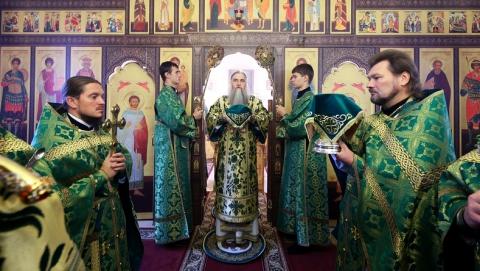 В храме в поселке Юбилейный прошла Божественная литургия