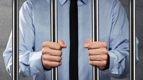 Максим Фатеев: за финансовые нарушения надо карать рублем, а не сроком