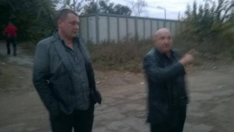 Одетые как православные националисты люди напали на бизнесмена и его беременную жену